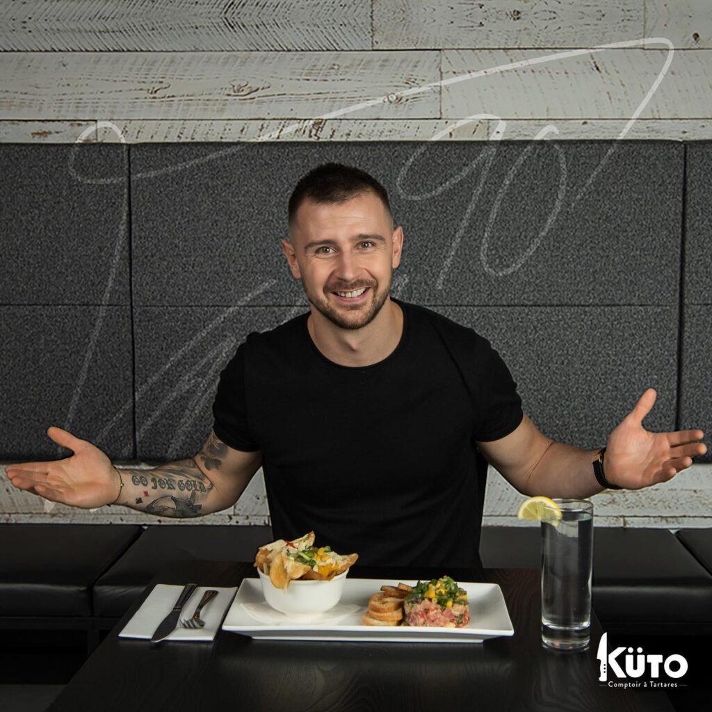 Томаш Татар в ресторане