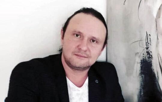 Ренат Бакир