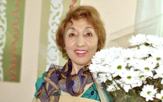 Ануза Урманова