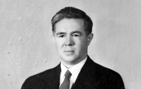 Исхак Ахмеров